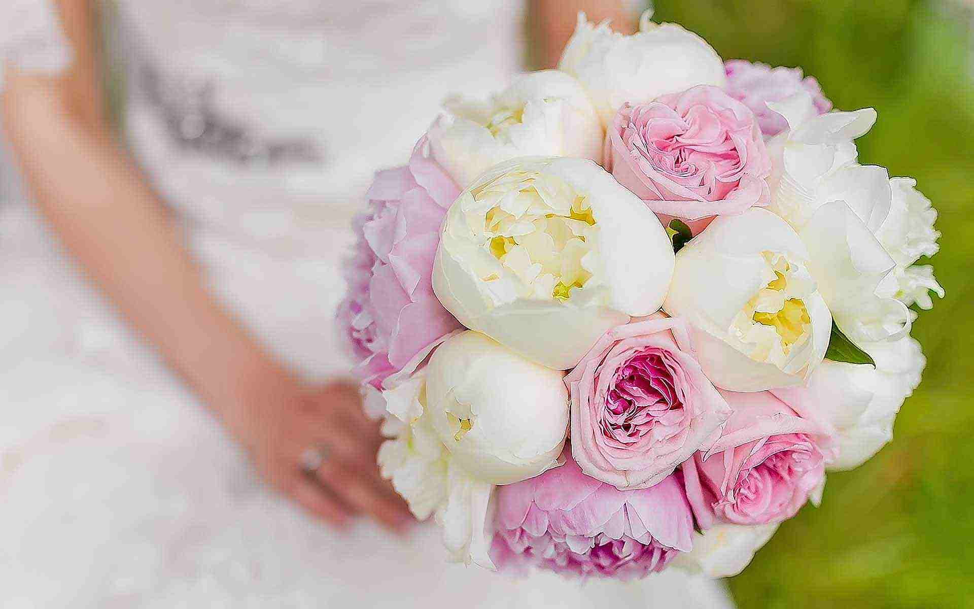 Bursting-Blush-And-White-Ranunculus-Make-For-A-Gorgeous-Bridal-Bouquet