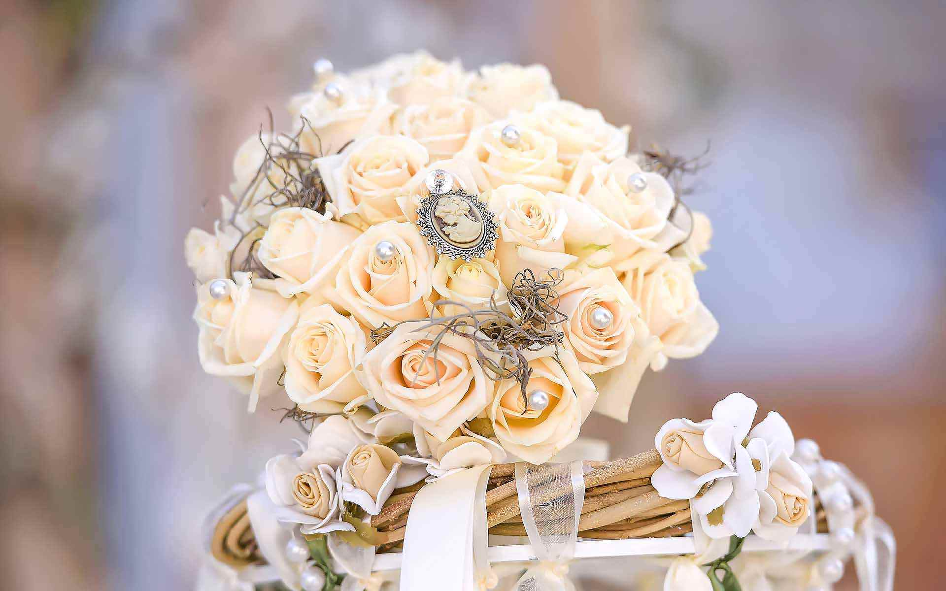 Shabby-Chic-Wedding-Bouquet-With-A-Cameo-by-Diamond-Events
