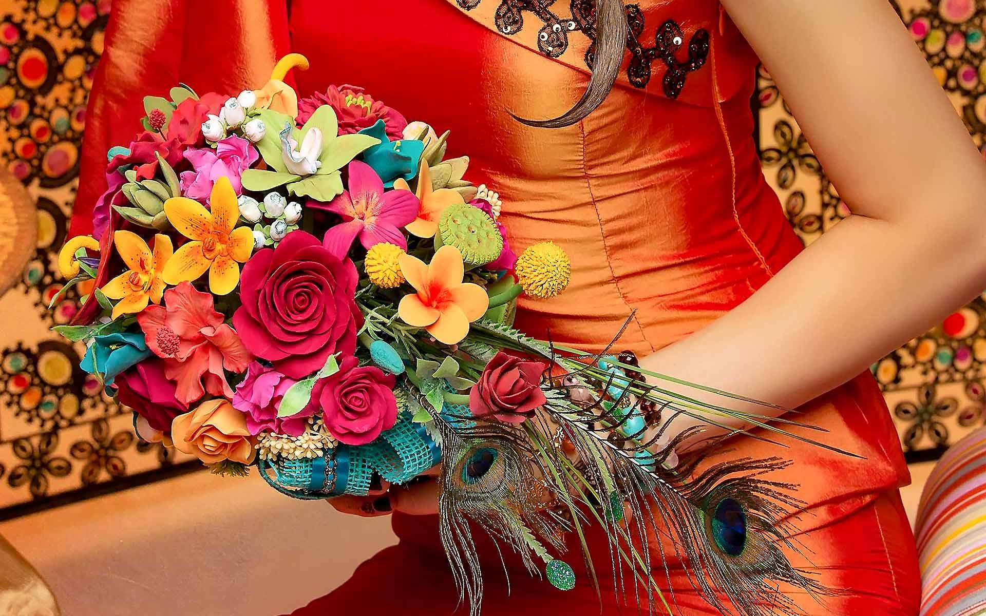 Stunning-Colorful-Wedding-Bouquet-by-Diamond-Events-Wedding-Event-planning-services