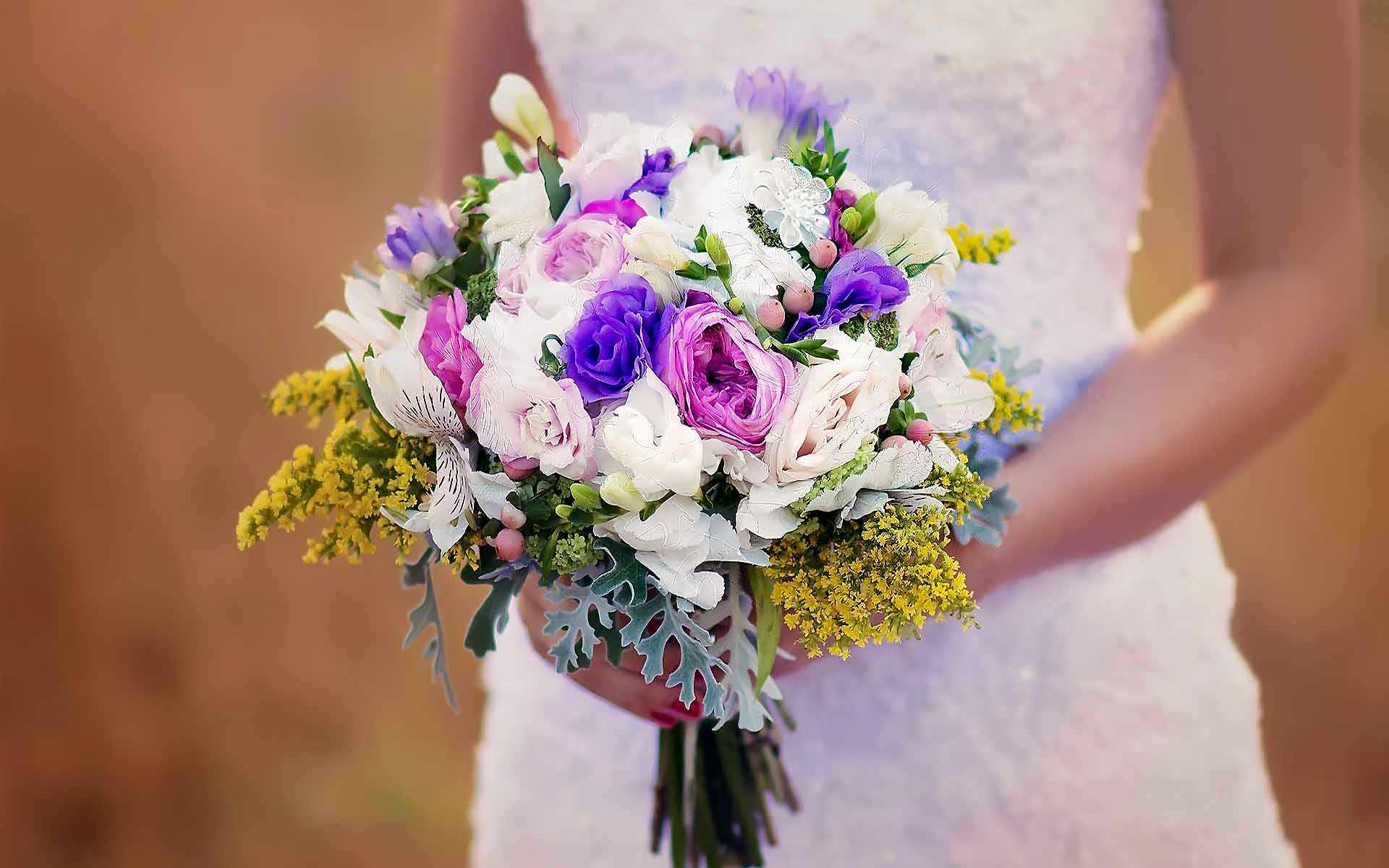 The-Yellow-Babys-Breath-Ties-Together-The-White-Pink-And-Purple-Arrangement