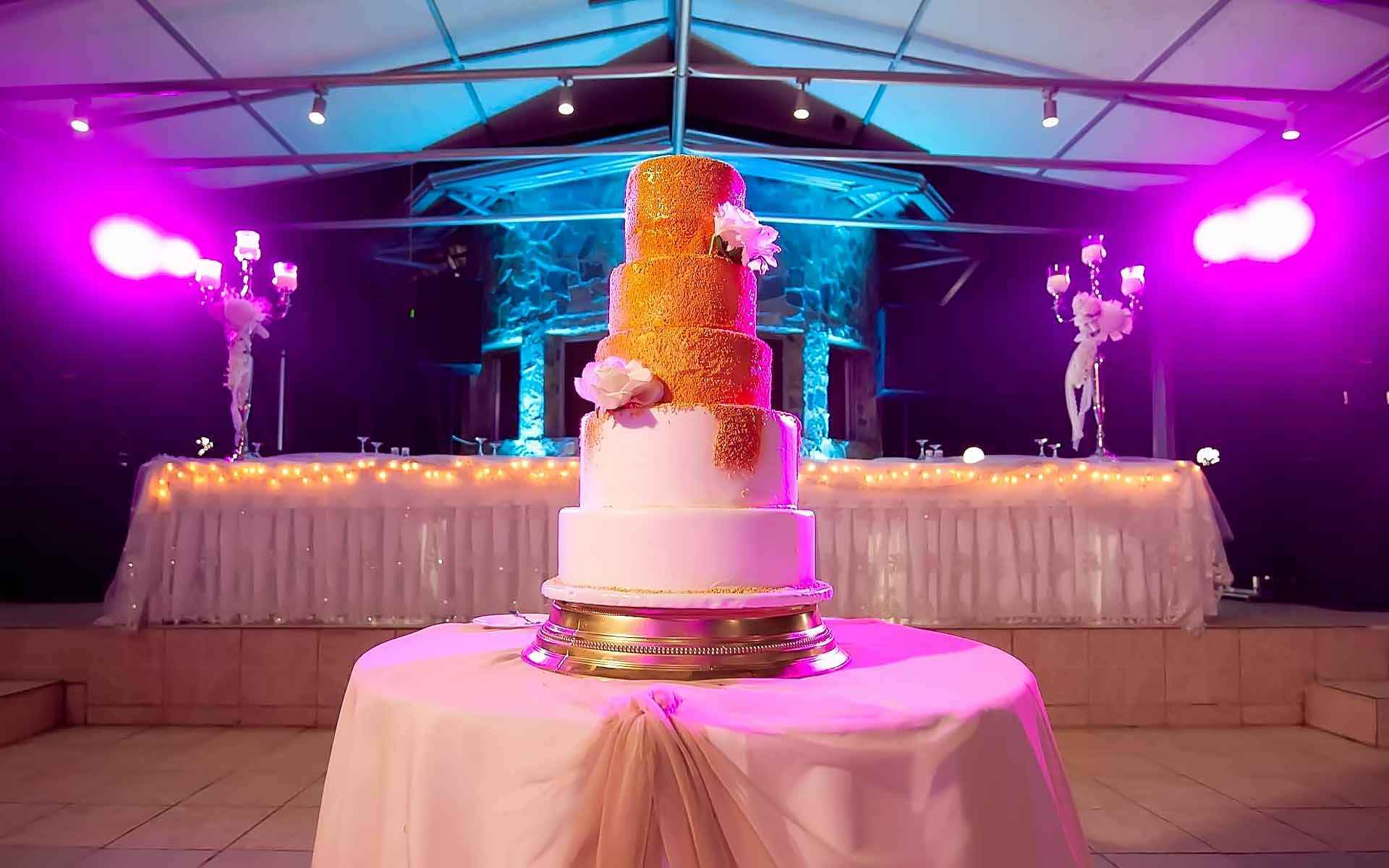 A-Glorious-Gold-Wedding-Cake-For-Your-Special-Day-by-Diamond-Events-Wedding-Event-planning-services