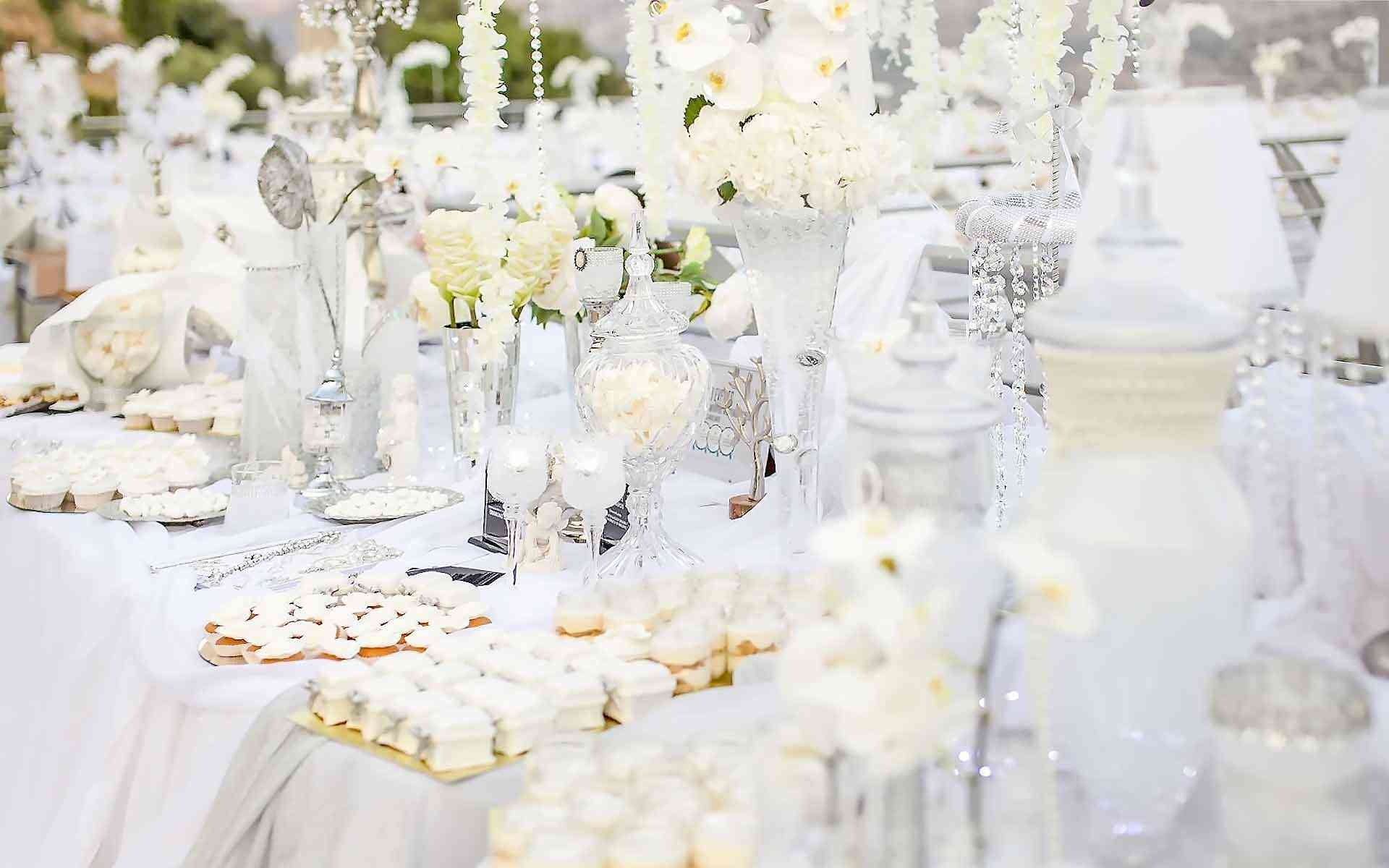 Luxurious-All-White-Wedding-Dessert-Table-by-Diamond-Events-Wedding-Event