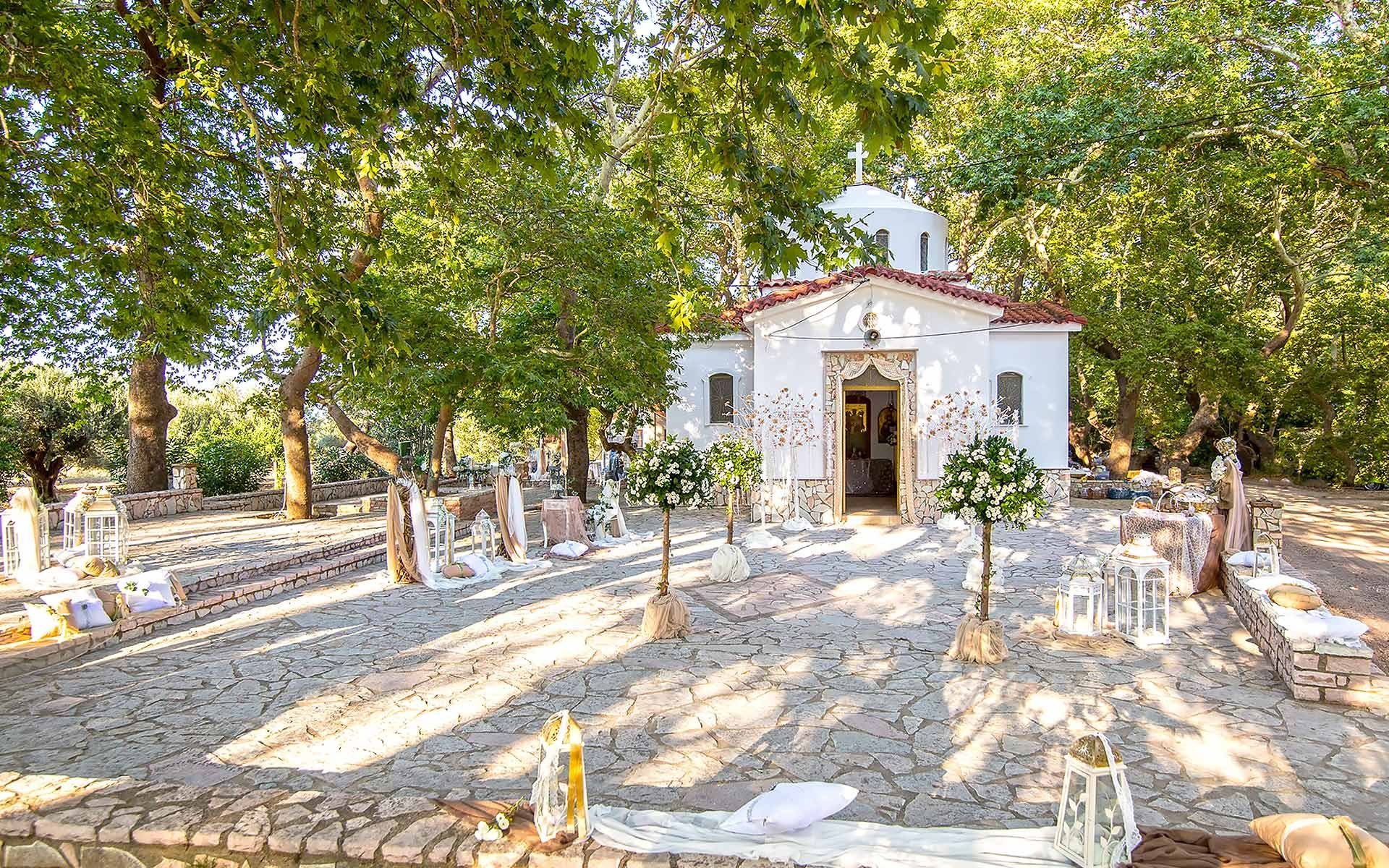 Rustic-wedding-in-Church-of-Aghios-Anastasios-in-Drepano-Greece