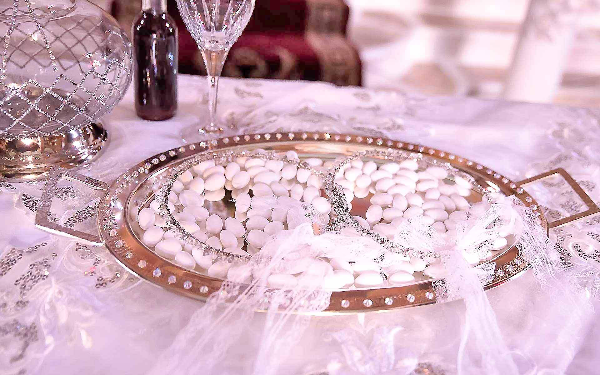 Swarovski-Jeweled-tray-and-Crystal-Decanter-with-Gilding-by-Diamond-Events-Wedding-Event