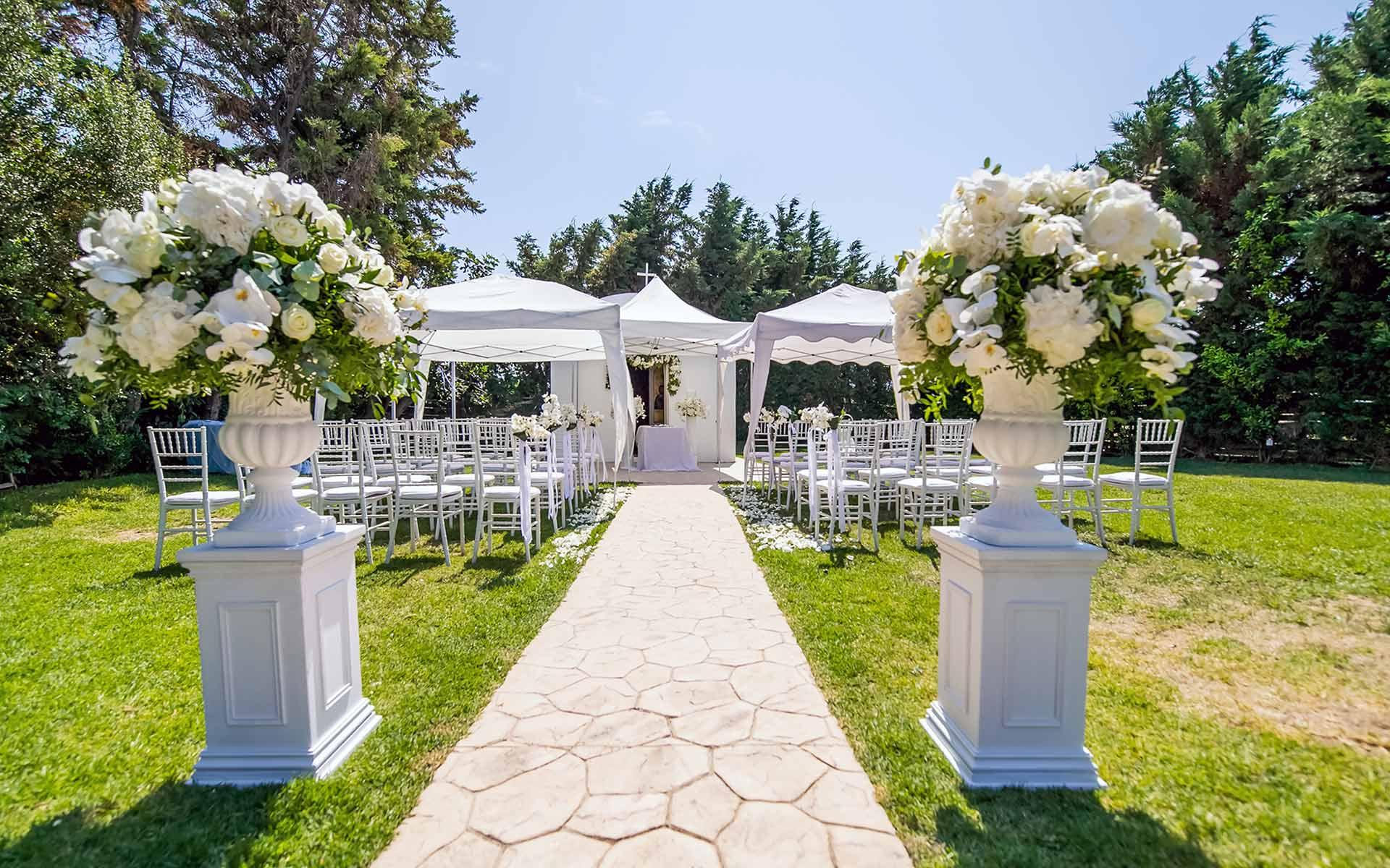 entrance-of-the-aisle-by-Diamond-Events-Wedding-Event-planning-services