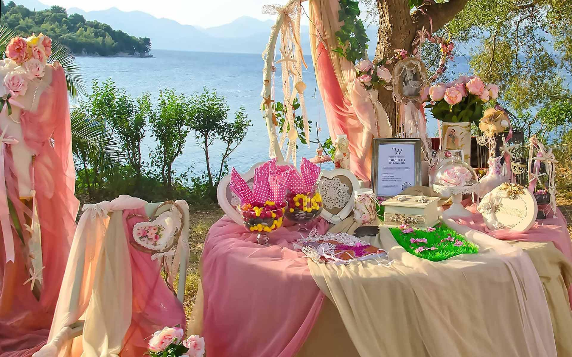 Sweet-Heart-Personalized-Christening-Guest-Book-Table