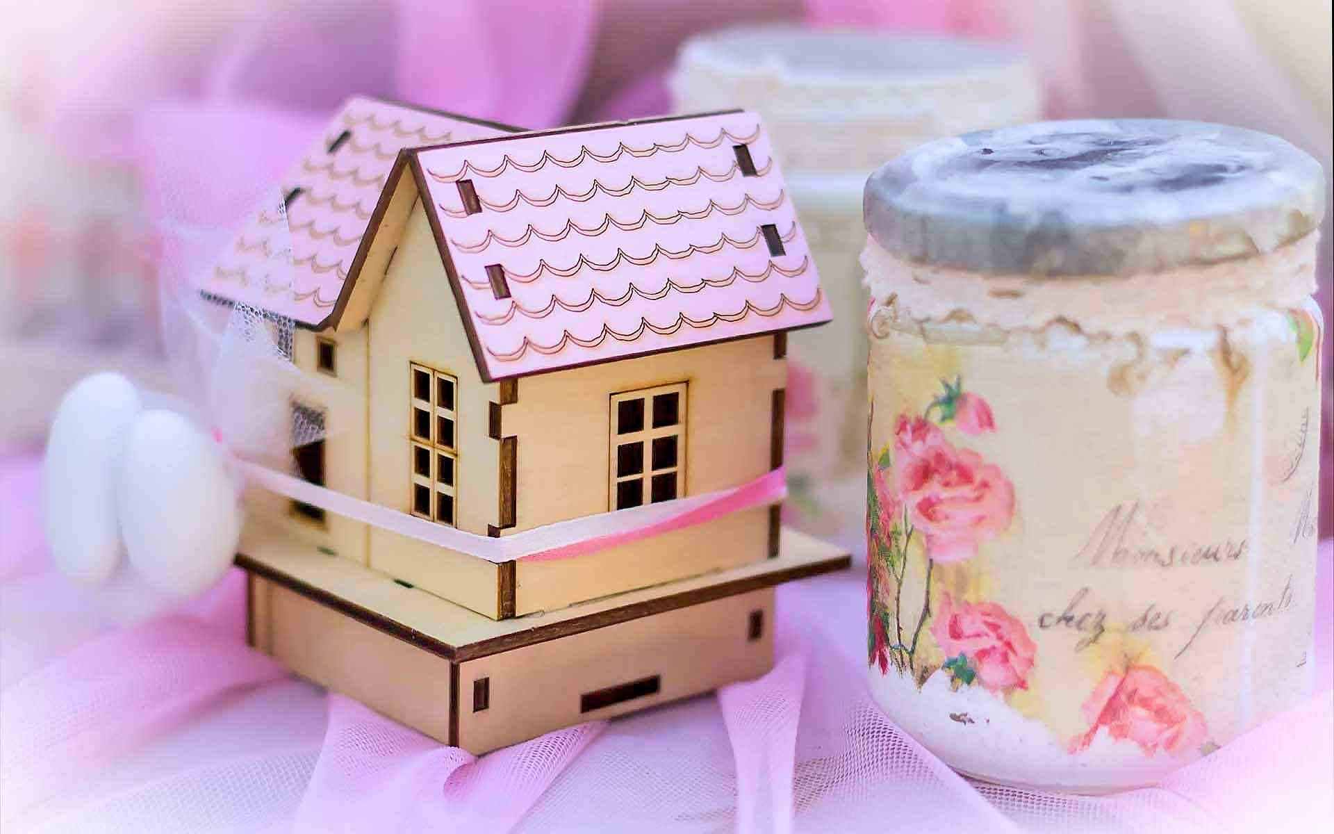 Wooden-House-And-Candle-Baptismal-Favour-In-Shades-Of-Blush