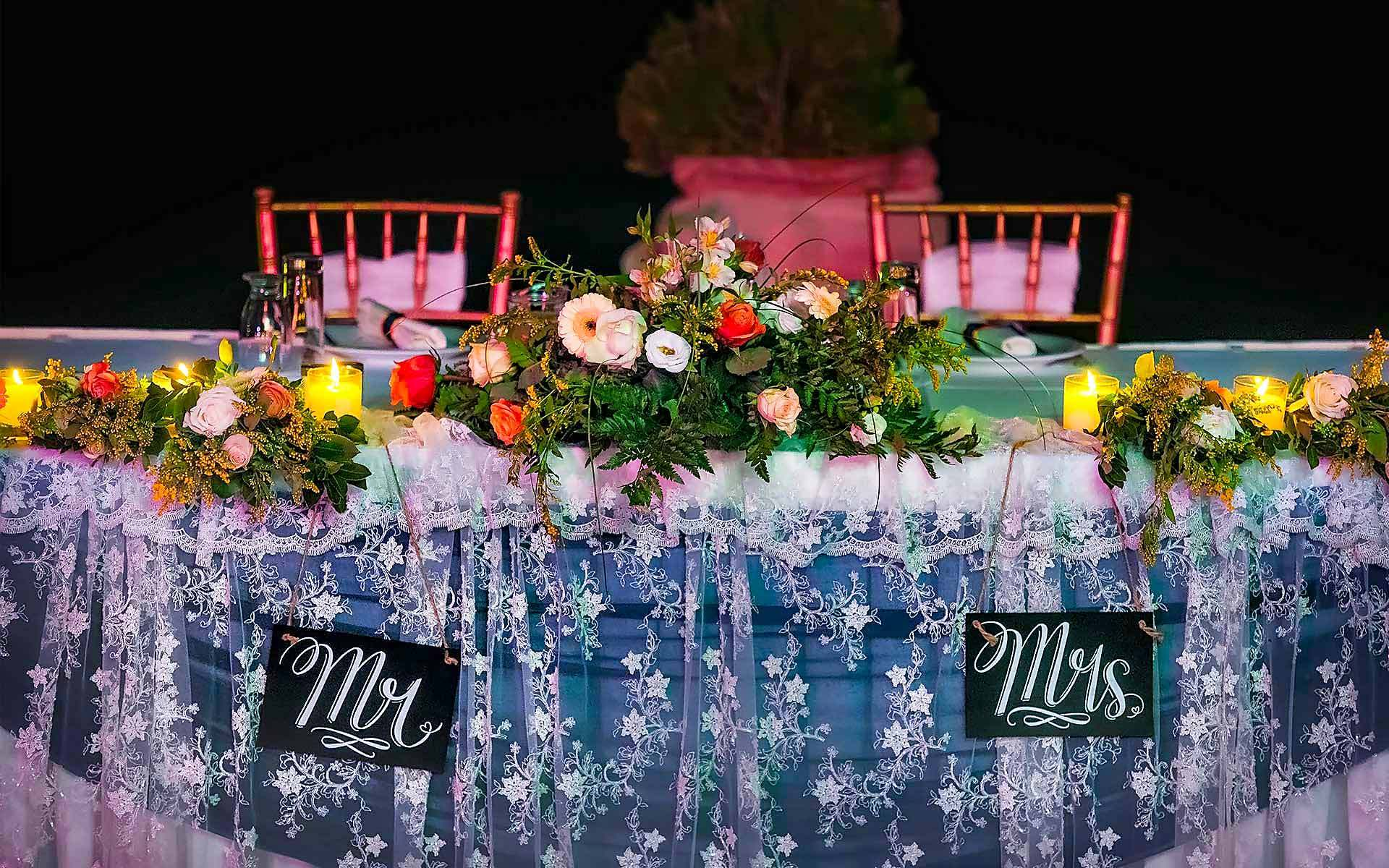 Beautiful-Bridal-Table-With-Lace-And-Flowers-For-A-Wedding-In-Porto-Heli