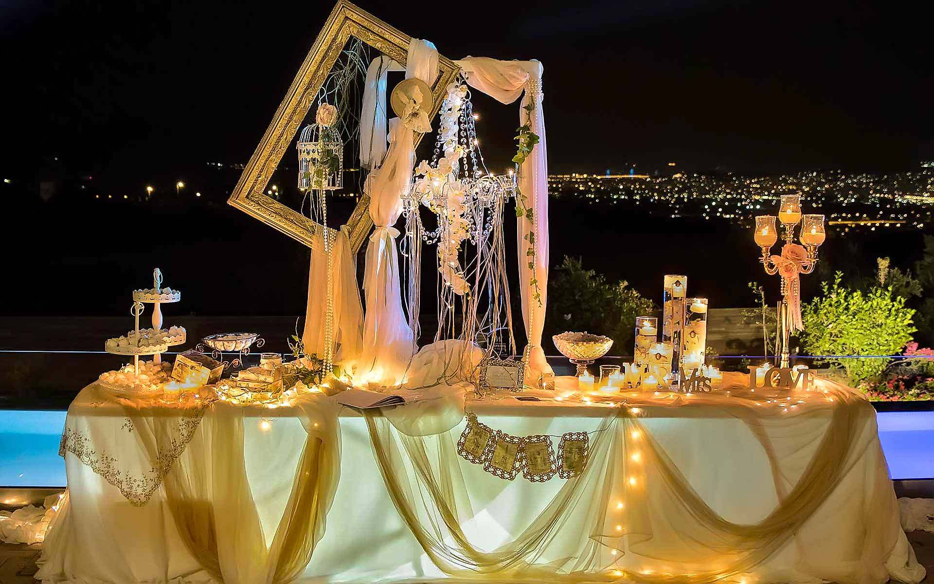 Beige-And-Gold-Creations-In-The-Light-Of-The-Moon-by-Diamond-Events