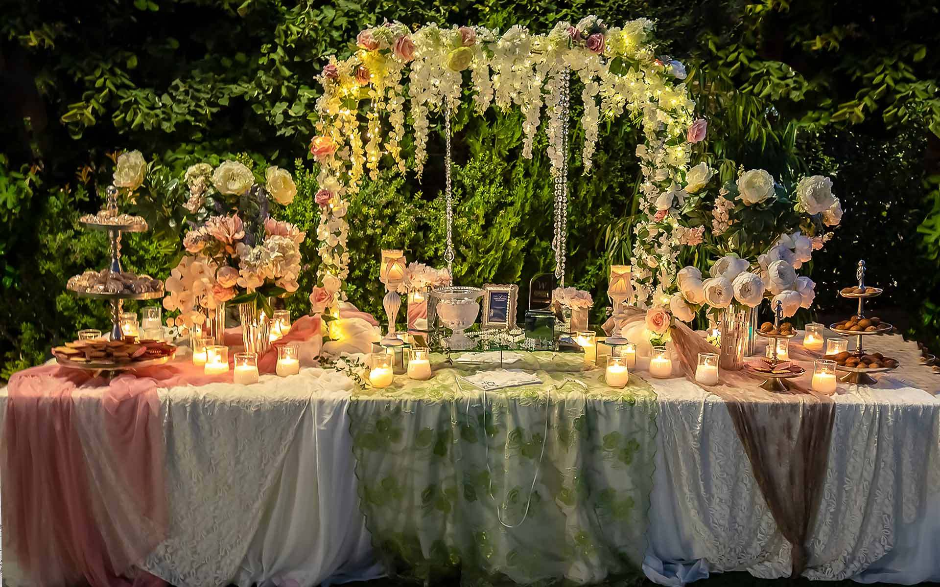 Brilliant-wedding-Guest-Book-will-combine-rustic-and-elegance-to-your-guest-signing-table