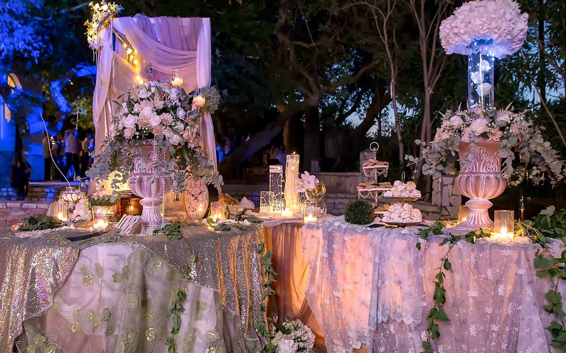 Classic-Romantic-guest-book-table-by-Diamond-Events-Wedding-Event