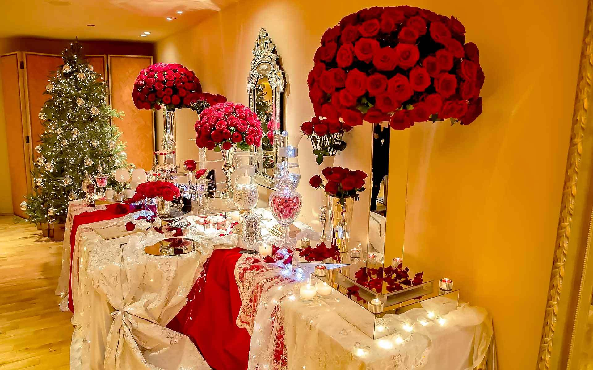 Luxurious-Christmas-Wedding-Reception-Decoration-With-Avalanche-Red-Roses