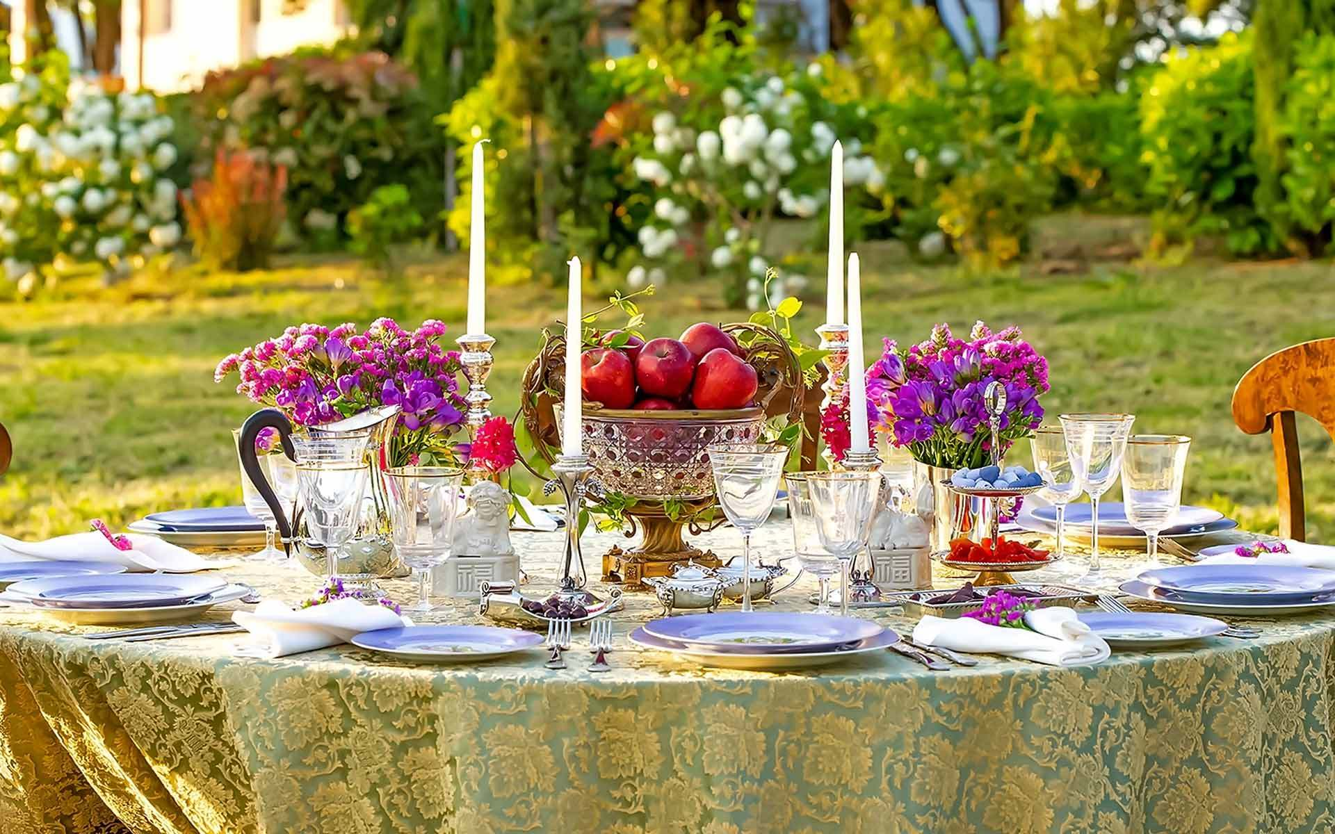Rustic-wedding-centerpiece-for-your-rustic-or-country-wedding-from-Diamond-Events