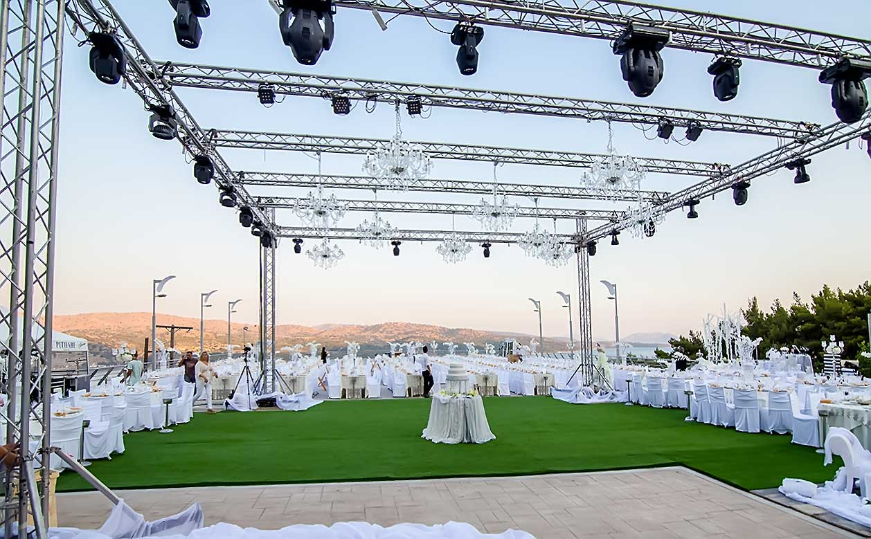 Total Makeover for a 1000 guests Luxury Wedding