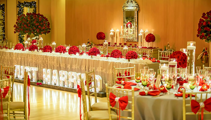 Luxury Christmas Red & Gold Wedding!
