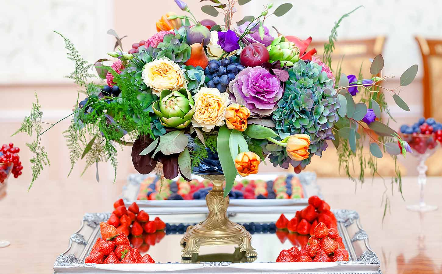 luxury--flower-wedding-composition-by-diamond-events