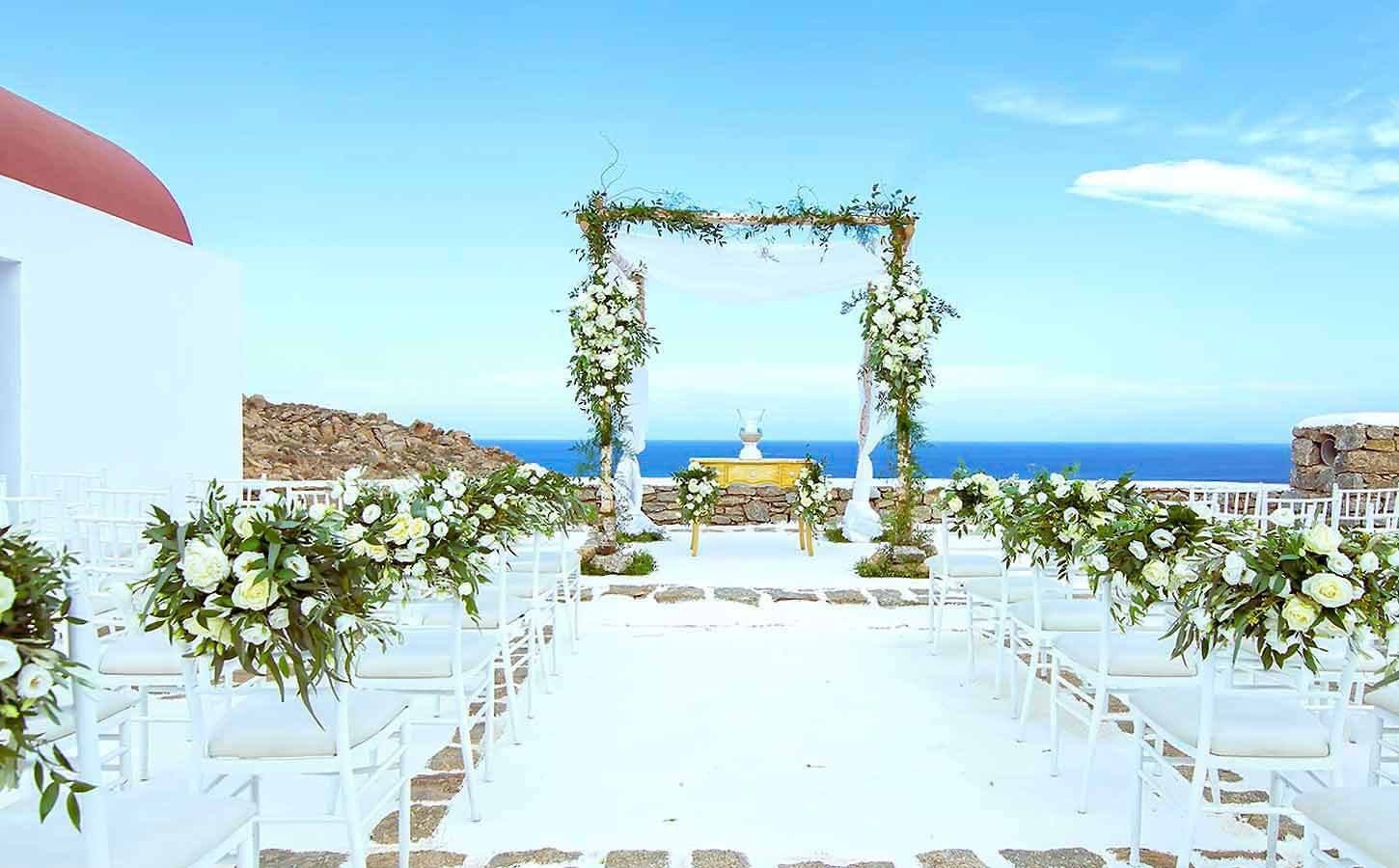 mYKONOS-WEDDING-CEREMONY-in-a-private-chapel-diamond-events-wedding-planner-wordwide